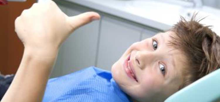 primera visita al dentista Burgos